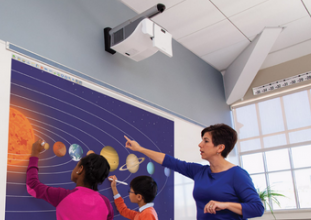 interaktiver Projektor